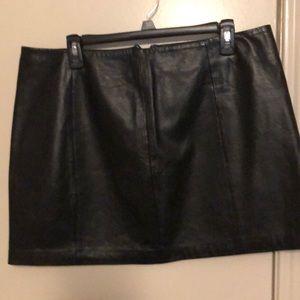 100% leather skirt